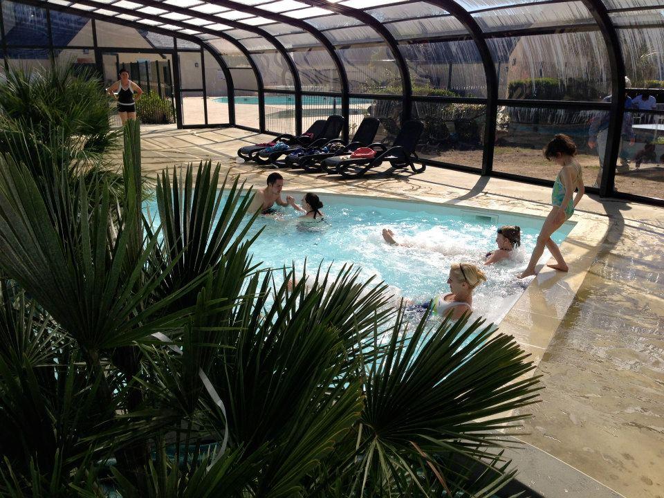 La piscine couverte-Cliquer sur la photo pour voir la galerie